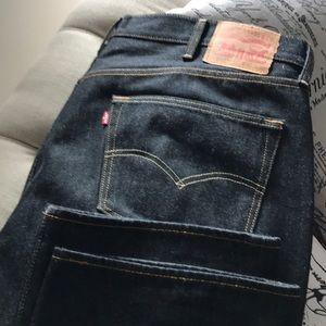 Black Denim Levi Jeans